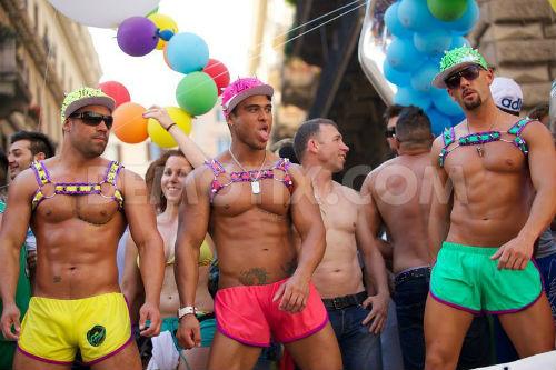 straight men in gay sex movies