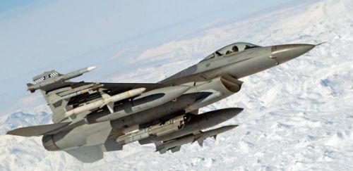 lockheed-f-16-fighting-falcon y