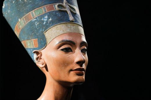 Nefertiti x