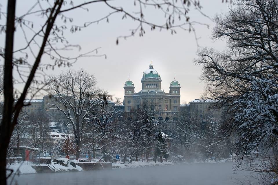 palazzo-federale-inverno