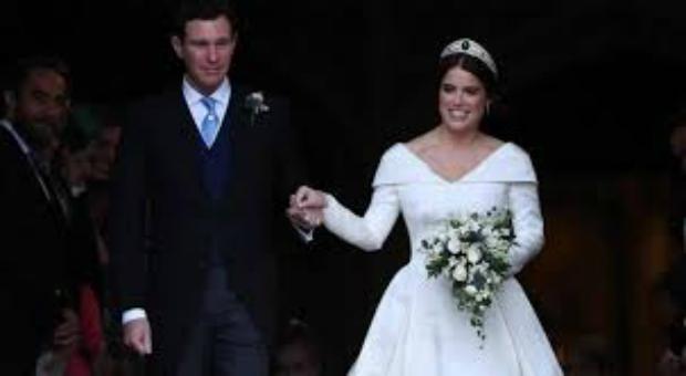 4d8a1759d0df La principessa Eugenia di York si è sposata con Jack Brooskbank ...