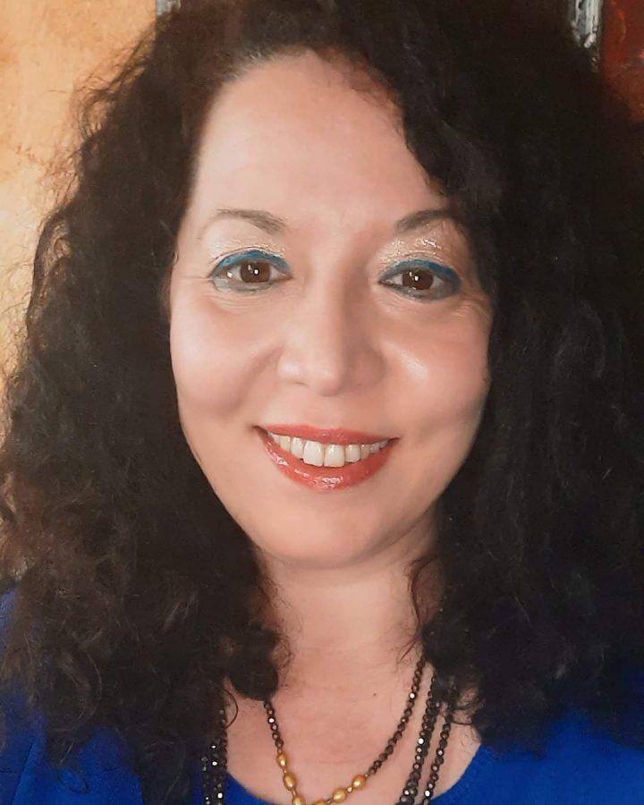 """La poetessa Emanuela Rizzo """"ogni mia azione nasce dal bello"""""""
